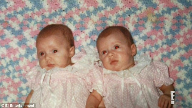 2D28958700000578-3263501-Baby_love_Karissa_and_Kristina_were_dressed_in_matching_pink_dre-a-8_1444234758834=8