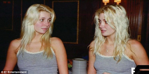 2D2895B300000578-3263501-Blonde_beauties_Although_the_twins_were_stunning_they_said_they_-a-12_1444234774670-12